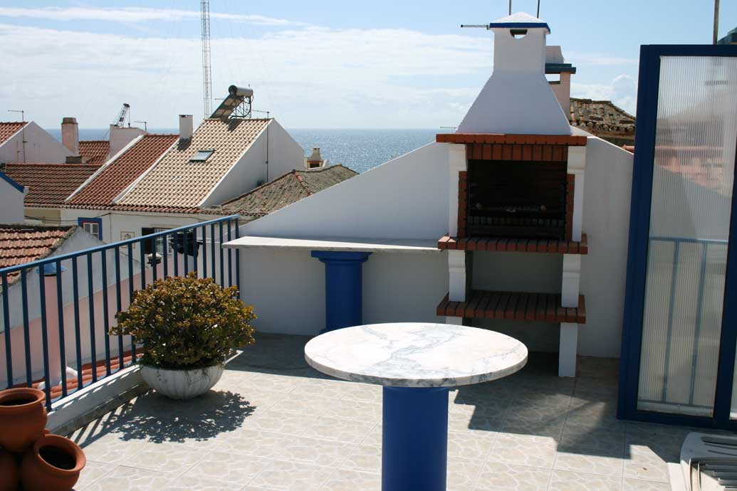 roof top sea view terrace